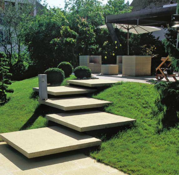Hofeinfahrt Gestalten Ideen : Gartenhäuser und Gartenzäune